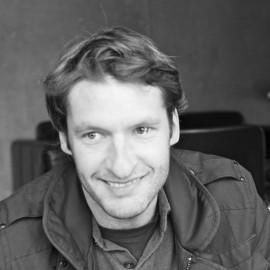 Julian Appelius, Trio Table, Pulpo, Designer