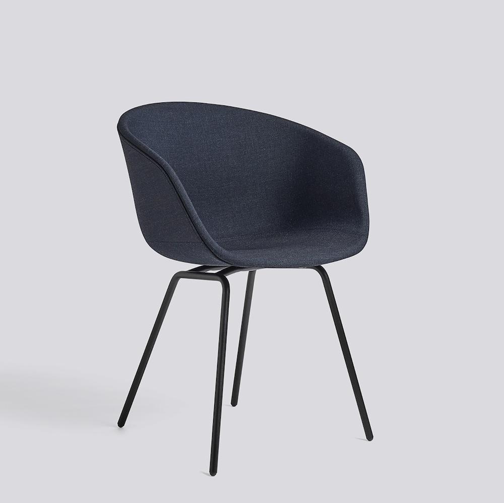 hay about a chair aac27 dunkelblau gepolstert m bel design k ln. Black Bedroom Furniture Sets. Home Design Ideas