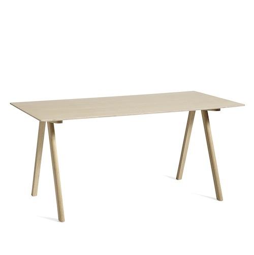 Bouroullec Tisch in Eiche