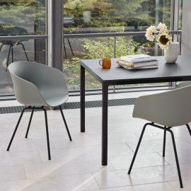 About A Chair Stuhl von HAY
