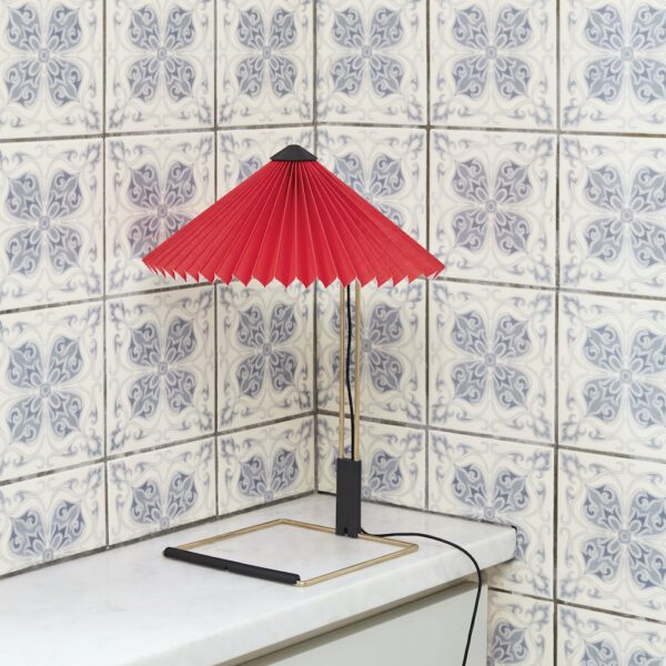 Tischleuchte HAY Matin Table Lamp S bright red